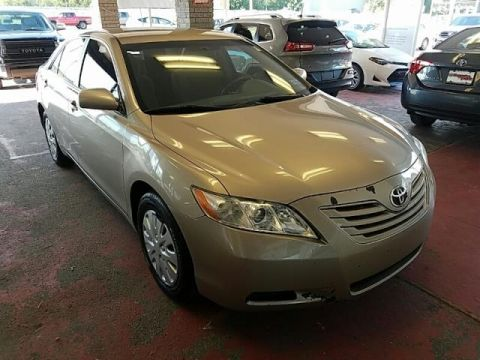 Pre-Owned 2009 Toyota Camry LE FRONT WHEEL DRIVE sedan