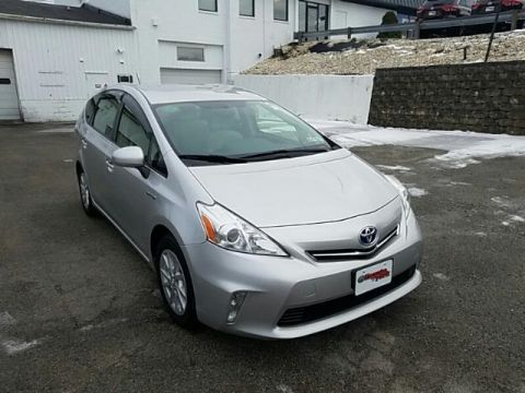 Pre-Owned 2012 Toyota PRIUS V  FRONT WHEEL DRIVE wagon