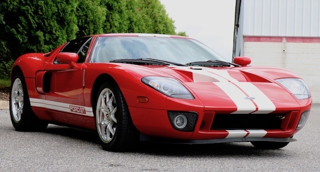 Pre-Owned 2005 Ford GT Base