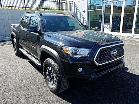 Pre-Owned 2018 Toyota Tacoma TRD Offroad 4D Double Cab