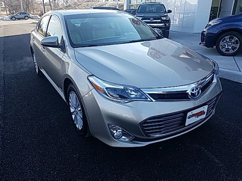 Pre-Owned 2015 Toyota Avalon Hybrid XLE Touring With Navigation